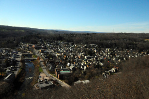 CliffPark-overlooksHonesdale